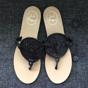 •Jack Rogers• Black Leather Georgica Thong Sandals